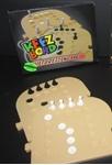 Afbeeldingen van Keez bord kunststof puzzelvorm aanvull 6-8 pers.