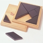 Picture of Tangram met zwarte houten stukken